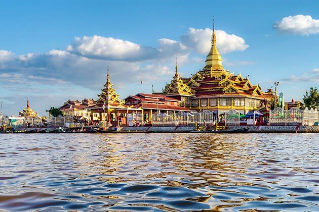 Phaung Daw U Pagoda