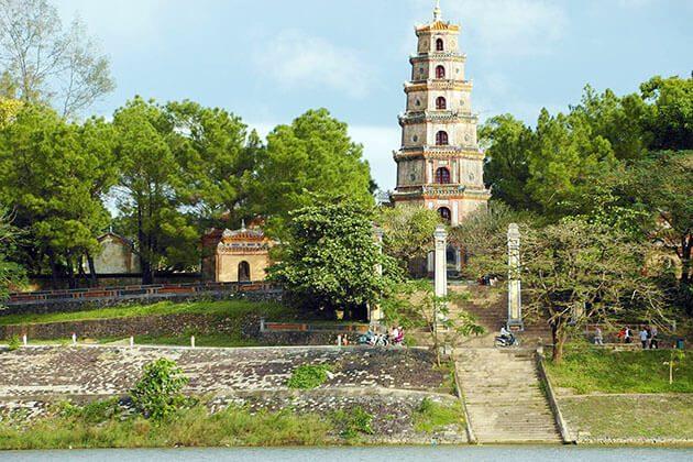 Thien Mu Pagoda - luxury tour to vietnam