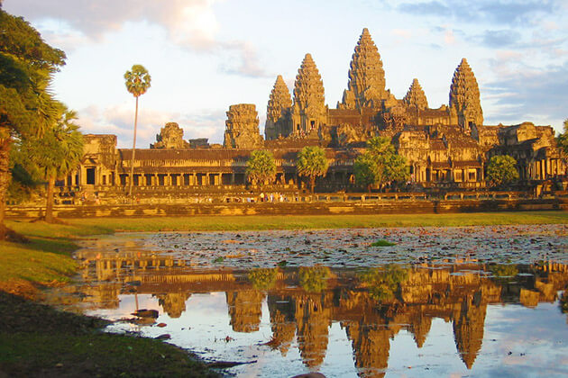 angkor wat - best things to do in asia