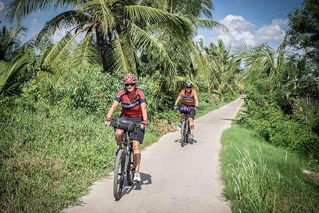 cycle to Phu Nhuan