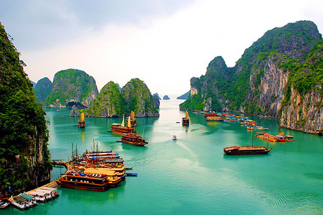 halong - time to visit asian countries