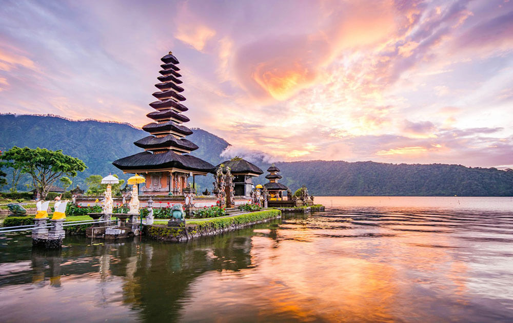 luxury bali tours temple