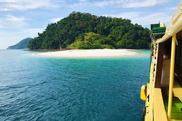 mergui archipelago liveaboard - luxury myanmar tours