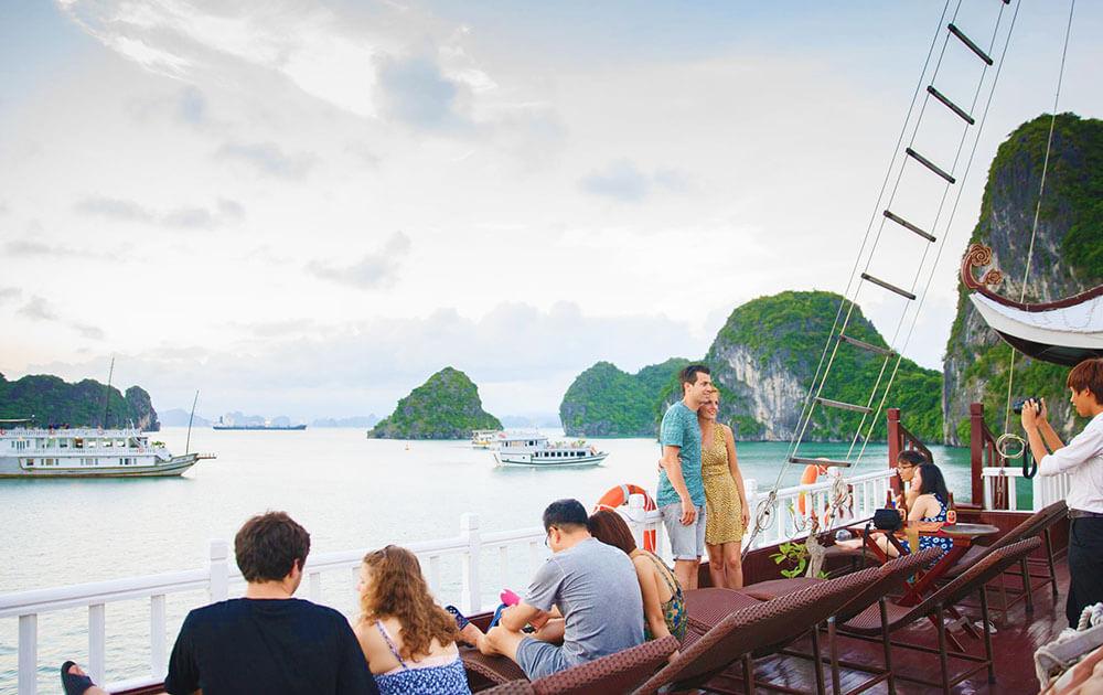 vietnam luxury travel to Halong